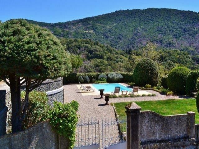 In Corsica, omringt met natuur